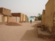 A quieter street in Omdurman. (Credit: Rod Usher)